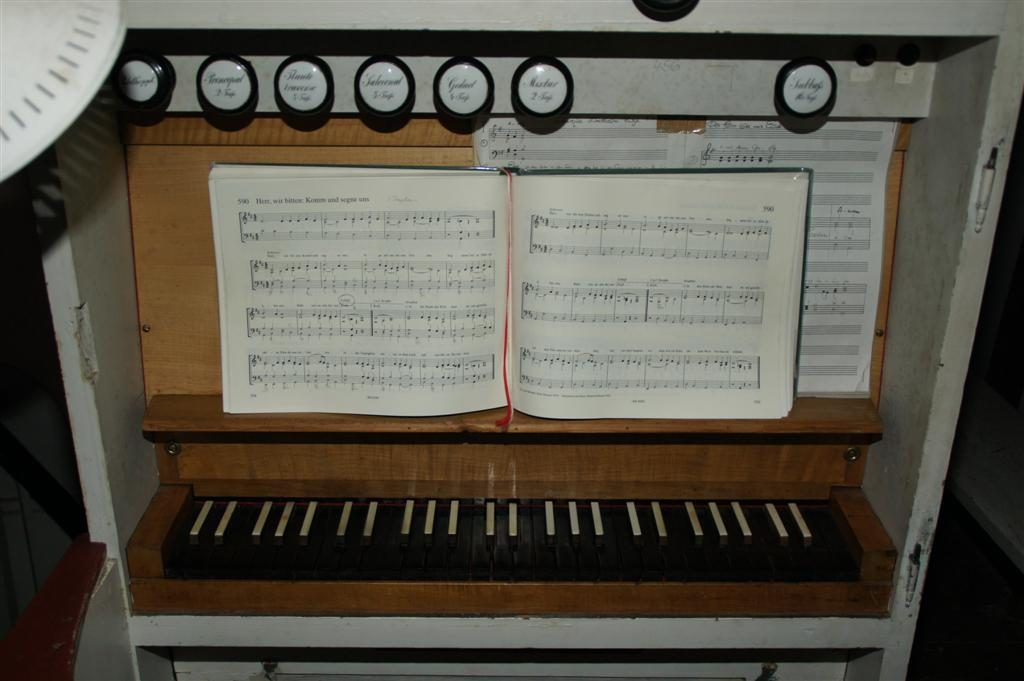 Das Manual der Orgel